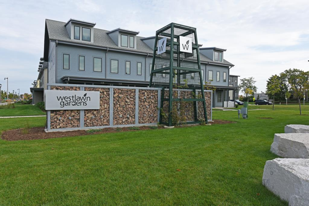 Senior Housing | Housing Authority of the City of Milwaukee, WI