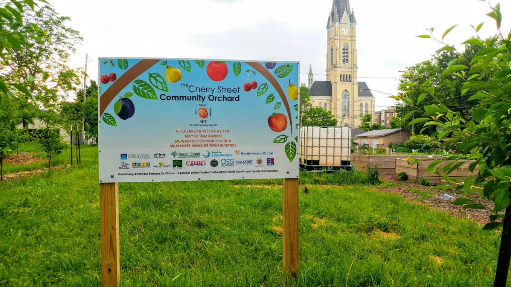 Cherry Street Community Garden Sign
